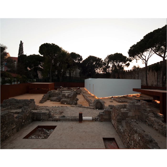 LISBON STORY: SULLE TRACCE DEL PASSATO. Elvira Reggiani