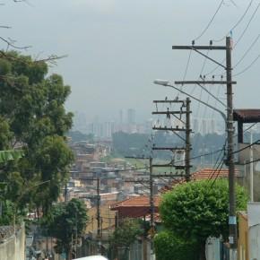 1_Ruy Ohtake, interventi di stabilizzazione nella favela di Heliopolis, San Paolo, Brasile (fotografie Andrea Vercellotti)