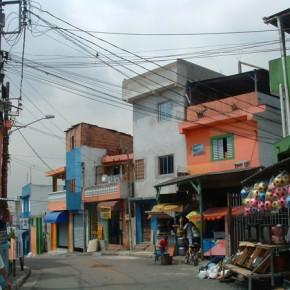 5_Ruy Ohtake, interventi di stabilizzazione nella favela di Heliopolis, San Paolo, Brasile (fotografie Andrea Vercellotti)