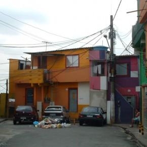 8_Ruy Ohtake, interventi di stabilizzazione nella favela di Heliopolis, San Paolo, Brasile (fotografie Andrea Vercellotti)