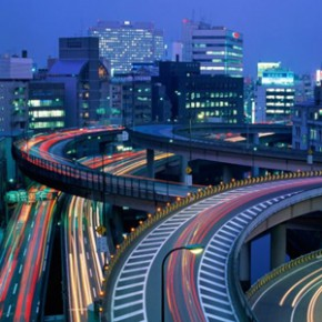 TOKYO: SMALL ROOM'S BIG HOUSE. Ruy Porto Fernàndez